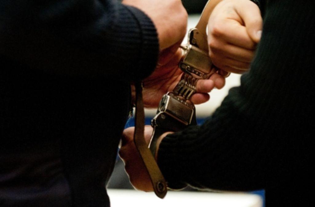 Mehrere Großverfahren rund um Rockerkriminalität bringen das Landgericht Ulm in Bedrängnis (Symbolbild). Foto: dpa