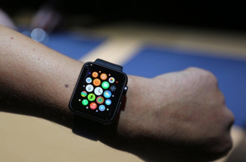 Die Apple Watch soll im April in den USA auf den Markt kommen. Wann sie in Deutschland zu haben sein wird, steht noch nicht fest. Foto: dpa