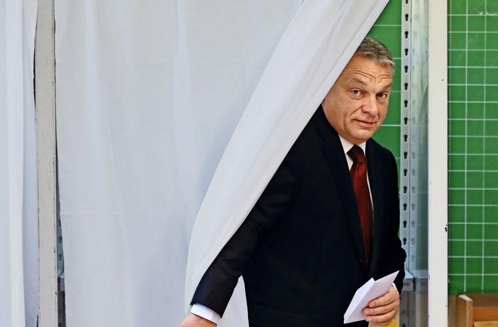 Seine Stimme hat nichts gebracht – Viktor Orban hat das Referendum verloren. Foto: AP