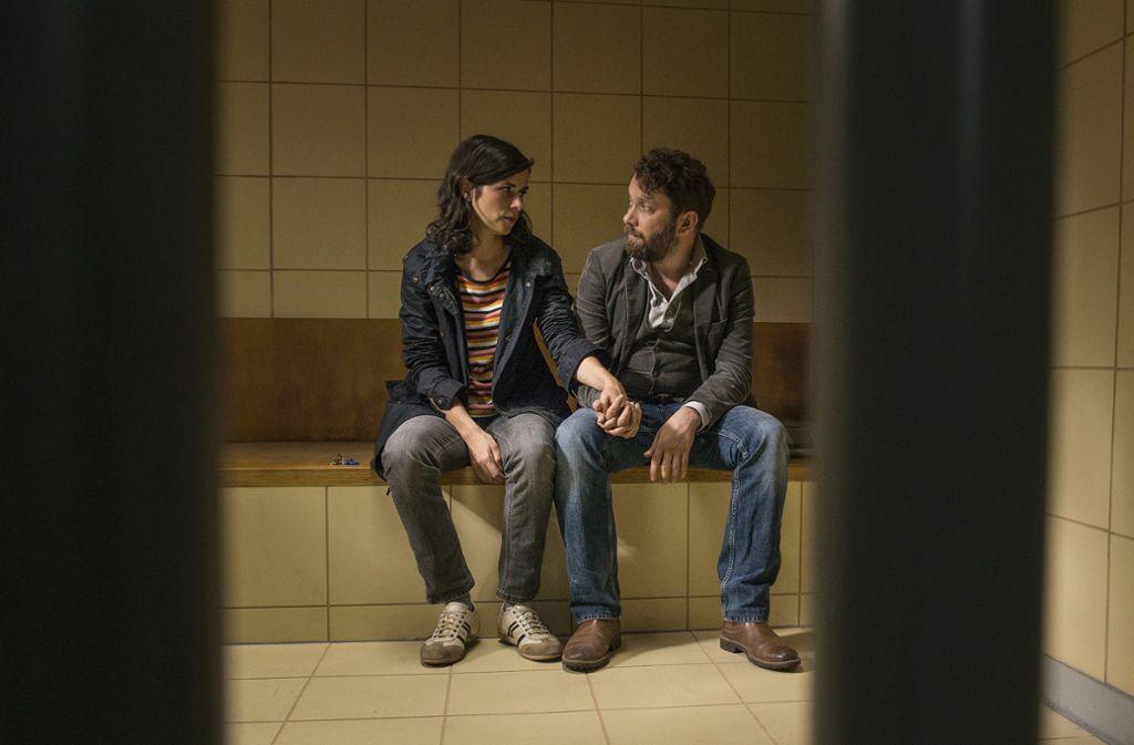 Kira Dorn (Nora Tschirner) und Lessing (Christian Ulmen) geraten unter Verdacht. Foto: MDR/Wiedemann&Berg/Stephanie Kul