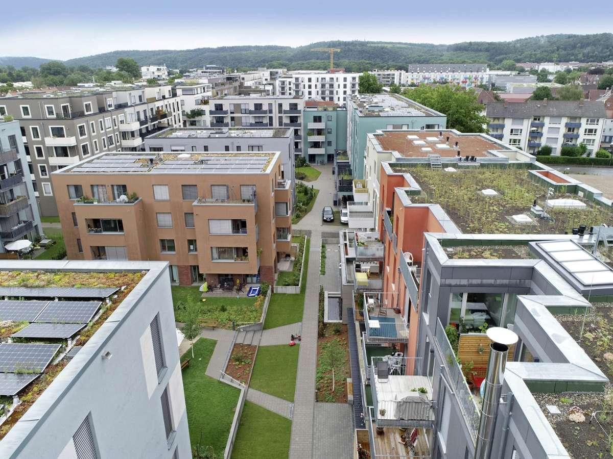 Begehrte Wohnungen: Im neuen Tübinger Güterbahnhofviertel gibt es verschiedene Energiestandards. Foto: /Horst Haas
