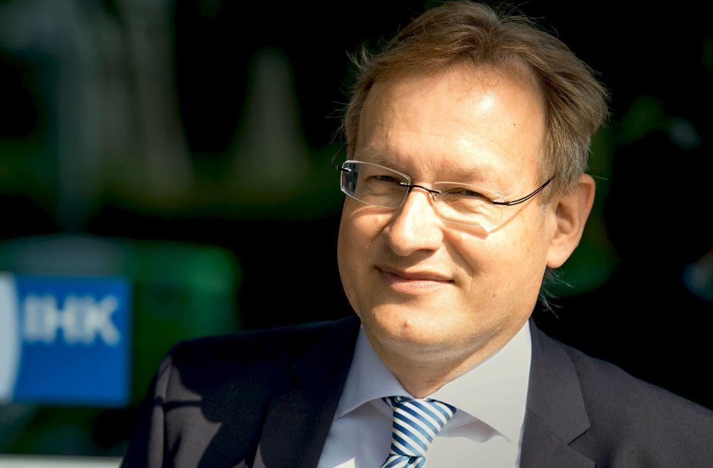 Der neue Hauptgeschäftsführer der IHK, Johannes Schmalzl, wird als Bahn-Aufsichtsrat nicht an einer Beschlussfassung zu Sutttgart 21 mitwirken. Foto: dpa
