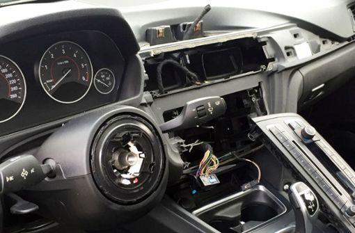 Lenkraddiebe brechen erneut parkende BMWs auf