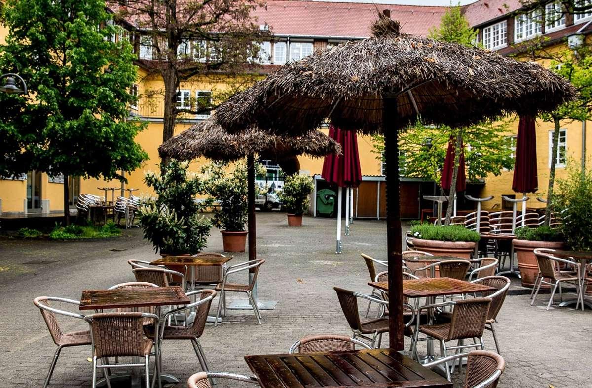 Wegen Corona kommen viele Städte den Restaurants und Cafés bei den Gebühren für die Außengastronomie entgegen. Foto: Lichtgut//Leif Piechowski