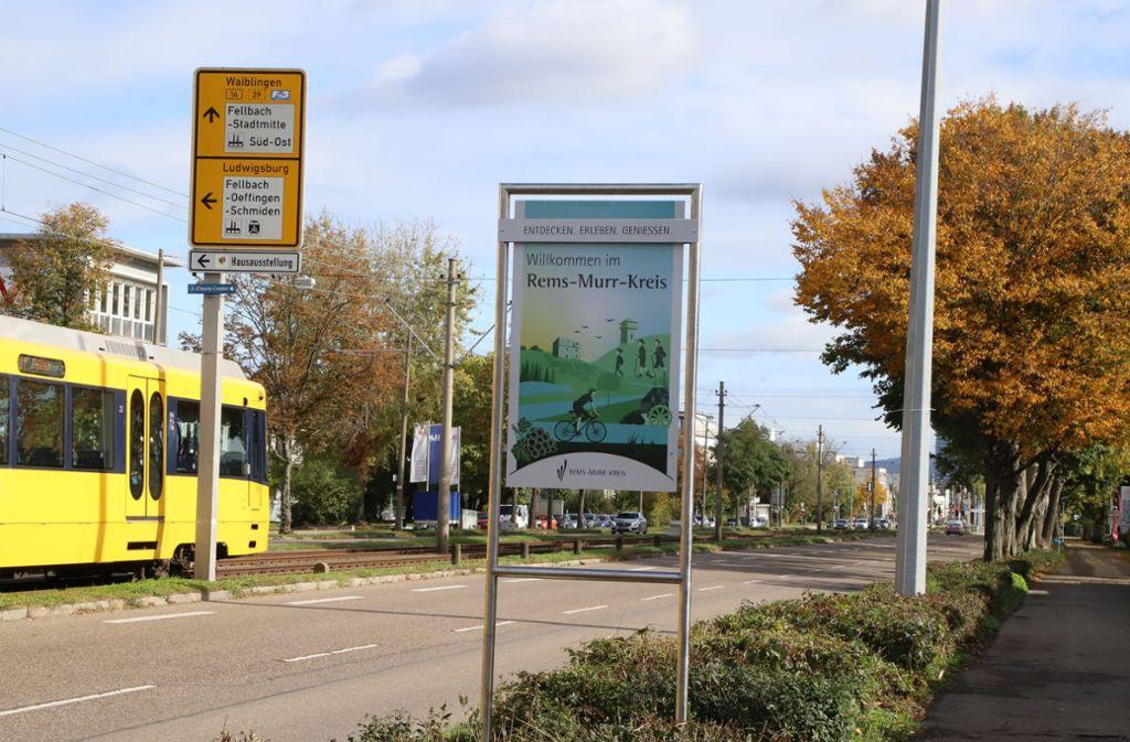 Besondere Begrüßung für die Auto- und Lastwagenfahrer an der Stuttgarter Straße. Foto: /Patricia Sigerist