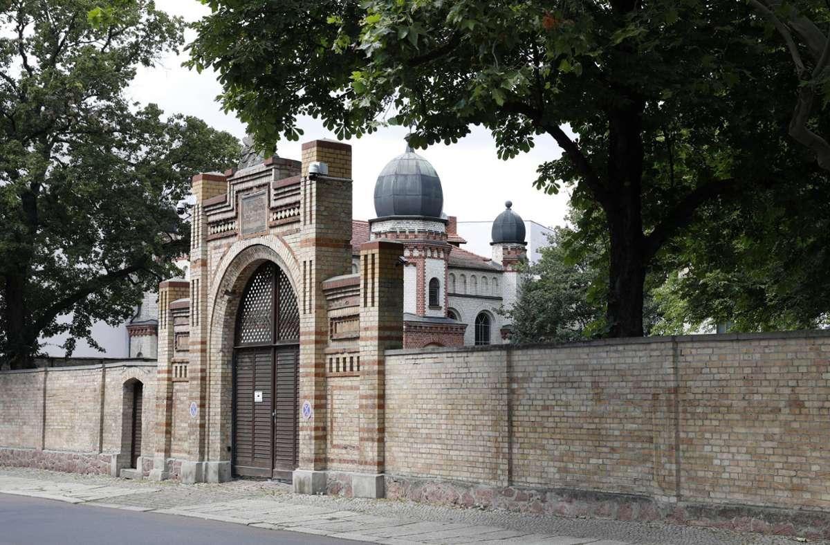 Die Synagoge in Halle war 2019 Ziel eines antisemitischen Anschlags gewesen. (Archivbild) Foto: imago images/Future Image/Rolf-Peter Stoffels via www.imago-images.de