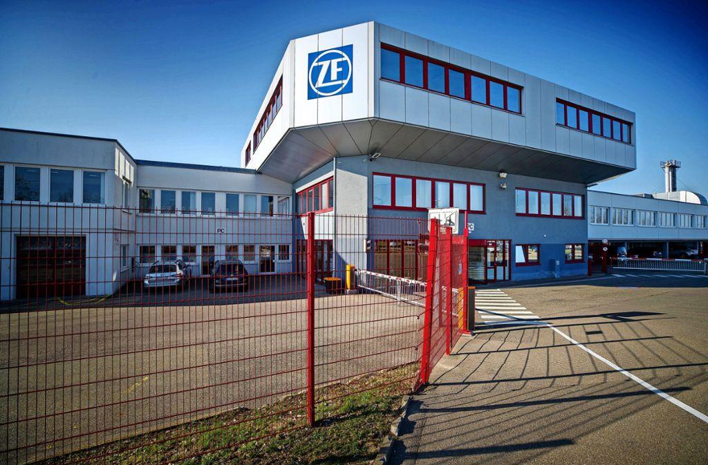 Bei ZF Friedrichshafen am Standort Alfdorf sind rund 70 Prozent der Mitarbeiter von Kurzarbeit betroffen. Foto: Gottfried Stoppel
