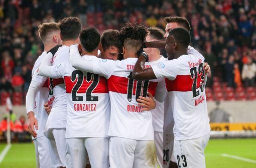 VfB-Coach Pellegrino Matarazzo feiert gelungenes Debüt