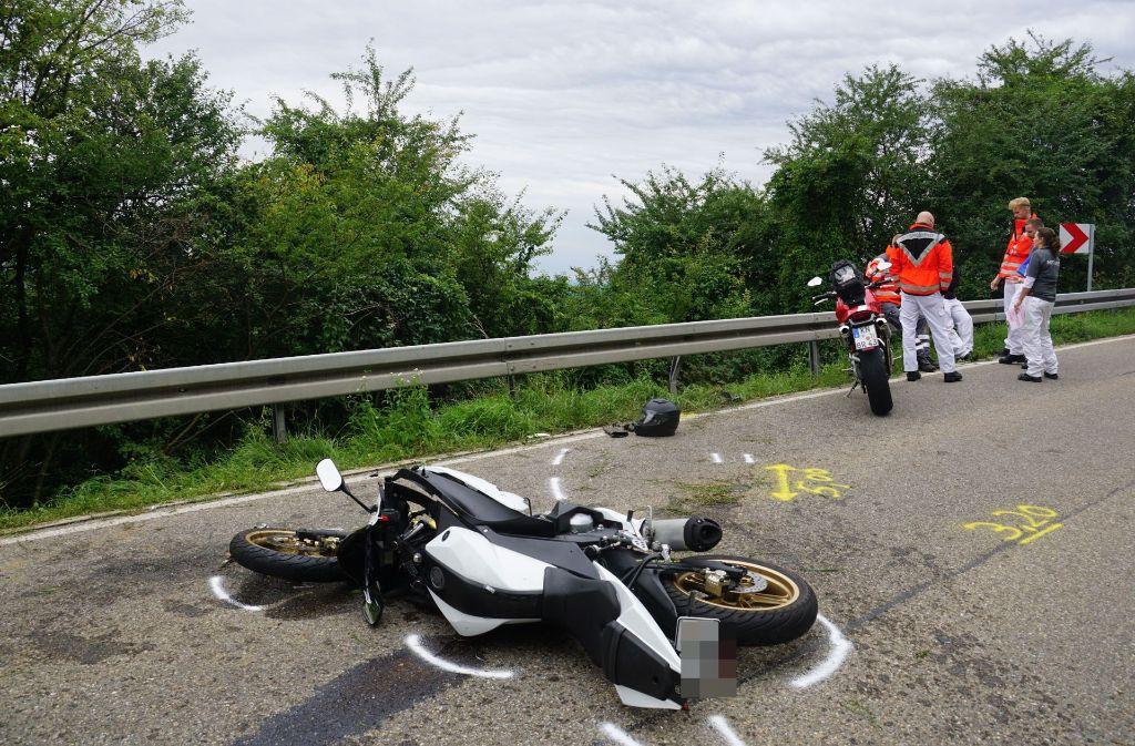 In Göppingen ist es zu einem schweren Motorradunfall gekommen. Foto: SDMG