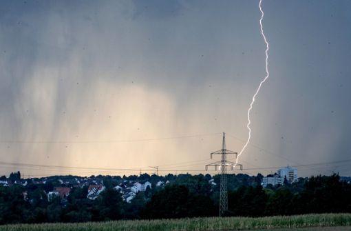 Wetterdienst warnt vor heftigen Gewittern