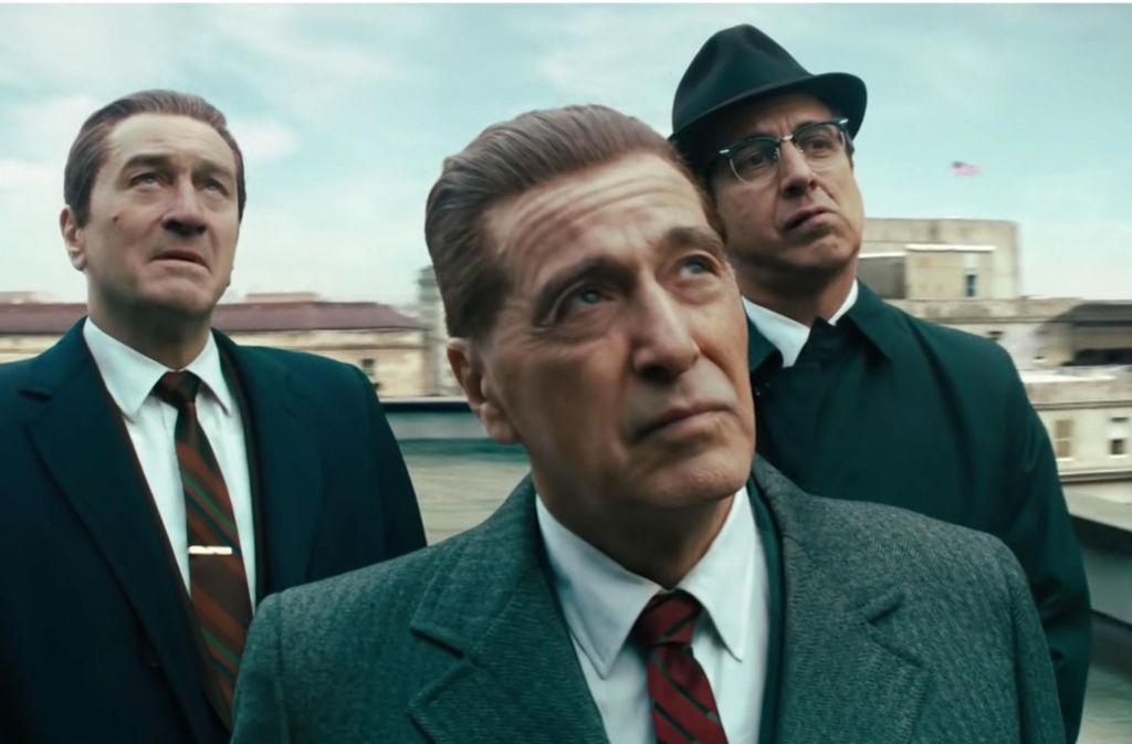 """Ernste Herren, teils vom Computer verjüngt: Robert De Niro, Al Pacino und Ray Romano in """"The Irishman"""" Foto: Netflix"""