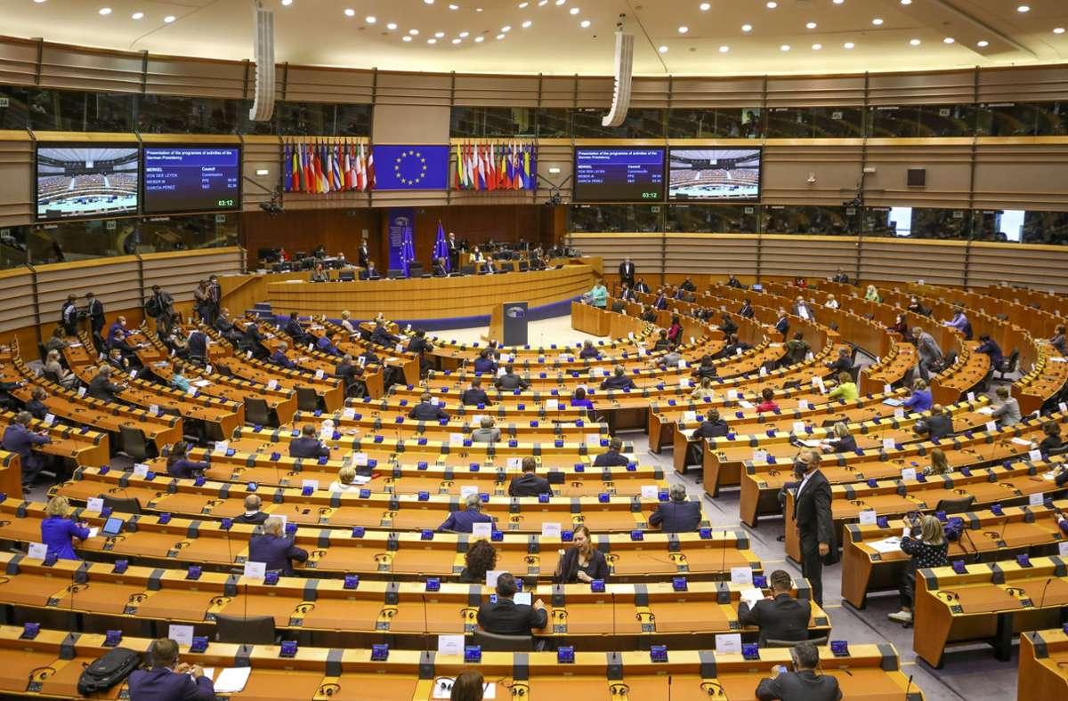 Bereits in der Vergangenheit hatte das EU-Parlament ein Verbot des Farbstoffes gefordert. (Archivbi Foto: dpa/Olivier Matthys