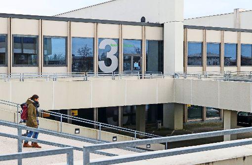 PH-Sporthalle zum Teil bis März gesperrt