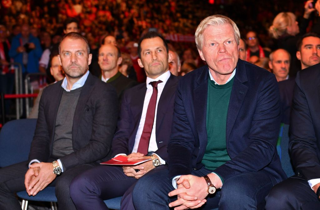 Trainer Flick, Sportdirektor Salihamidzic und Vorstand Kahn (v. li.) übernehmen beim  FC Bayern das Zepter. Foto: imago