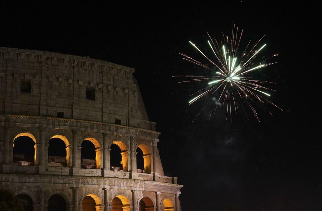 In Rom und fast allen anderen italienischen Städten ist das Zünden von privatem Feuerwerk verboten. Foto: dpa/Andrew Medichini