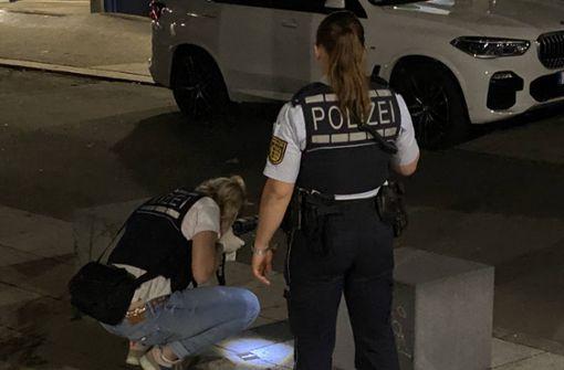 22-Jähriger verletzt Ehefrau und Begleiter mit Messer