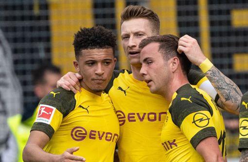 Borussia Dortmund hält Meisterschaftsrennen offen