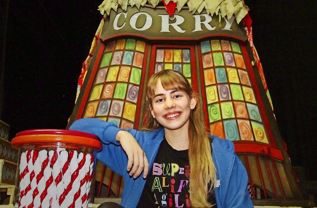 """Die zwölfjährige Sarah Tschinkel spielt am Freitag zum 30. und zum  letzten Mal in """"Mary Poppins"""" die Tochter Jane. Foto: Stage Entertainment"""