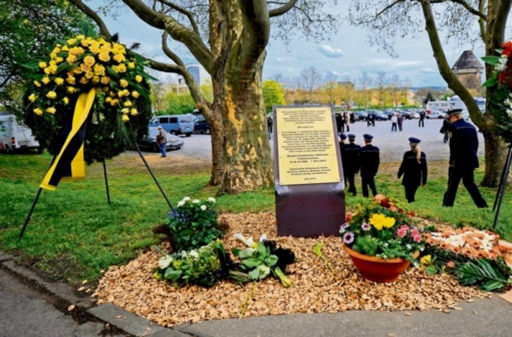 Im vergangenen Jahr ist im April ein neuer Gedenkstein zur Erinnerung an das Schicksal der auf der Heilbronner Theresienwiese ermordeten Polizistin Kiesewetter aufgestellt worden. Foto: ddp