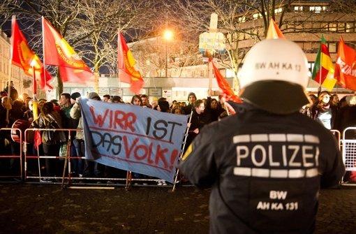 "Demonstration gegen ""Pegida"" am 3. März 2015 in Karlsruhe Foto: dpa"