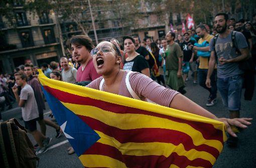 Katalanen könnten Unabhängigkeit am Montag erklären