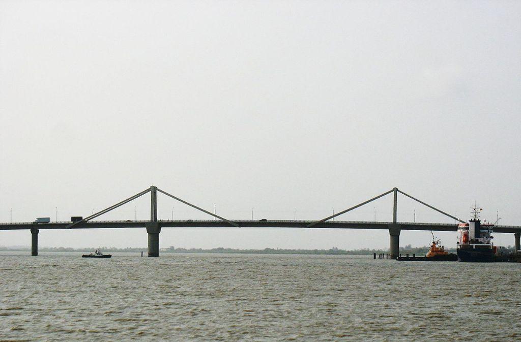 Die Puente Pumarejo (1974) ist eine Brücke über den Río Magdalena in Barranquilla und Sitionuevo (Kolumbien). Die Spannbetonbvrücke ist 1502 Meter lang, ihre längeste Stützweite beträgt 140 Meter. Foto: Wikipedia commons/Jdvillalobos/CC BY-SA 3.0