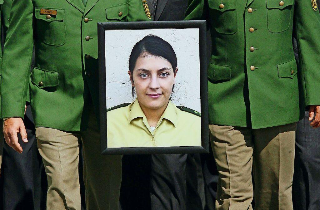 Jedes Jahr gedenken Polizisten  ihrer ermordeten Kollegin Michèle Kiesewetter. Foto: dpa