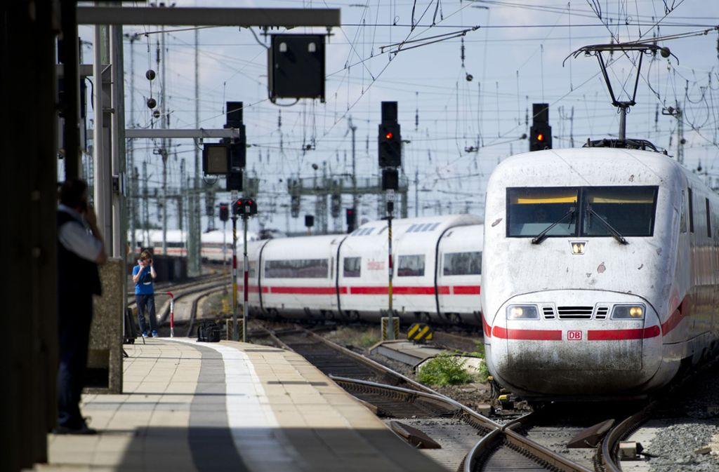 Auf der Strecke zwischen Göppingen und Stuttgart gab es einen Brandalarm in einem ICE. Foto: dpa