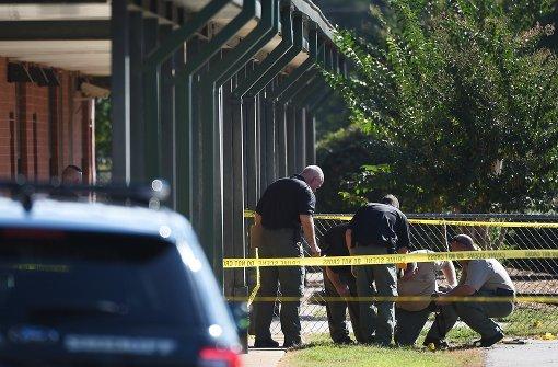 Teenager schießt an US-Schule um sich