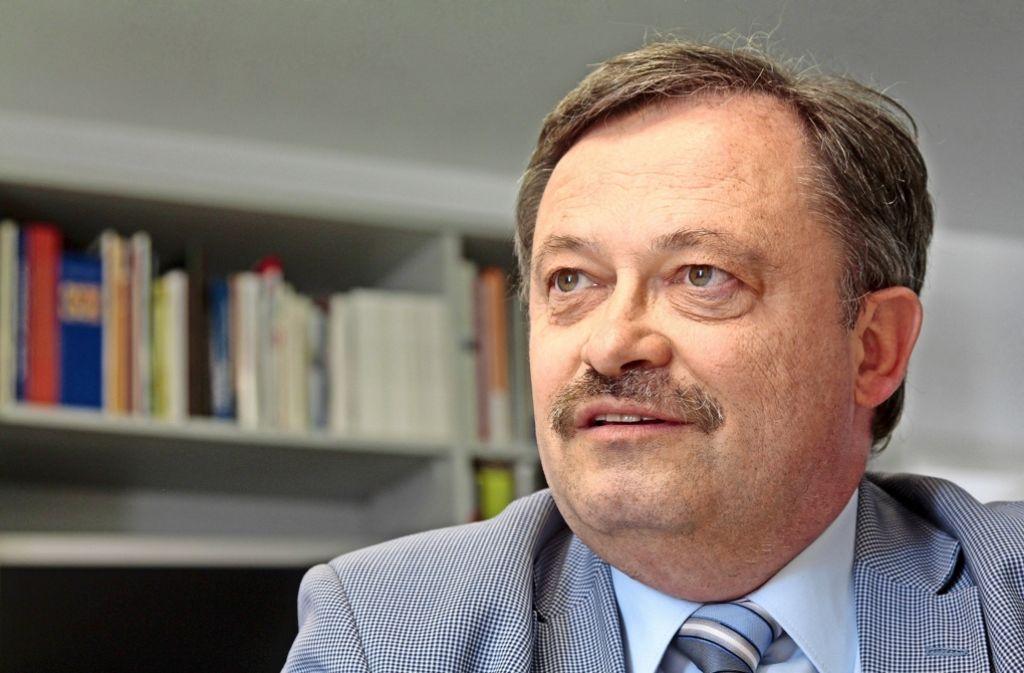 Klaus Herrmann ist gegen ein unbegrenztes Wachstum der Stadt – und lehnt die Stadtbahn mit Hochbahnsteigen ab. Foto: factum/Granville