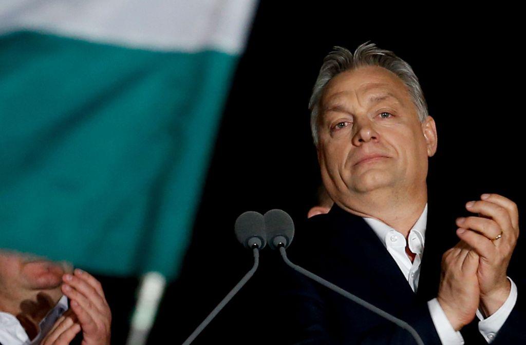 Alter und neuer Ministerpräsident: Ungarns Wahlsieger Viktor Orban Foto: AP