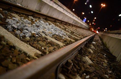 Steine auf ICE-Gleise gelegt