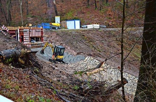 Moderner Staudamm kostet eine halbe Million