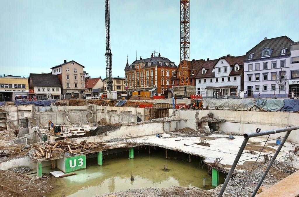 Monatelang schien sich auf der Baustelle an der Bleichstraße kaum etwas zu tun. Foto: Schnebeck
