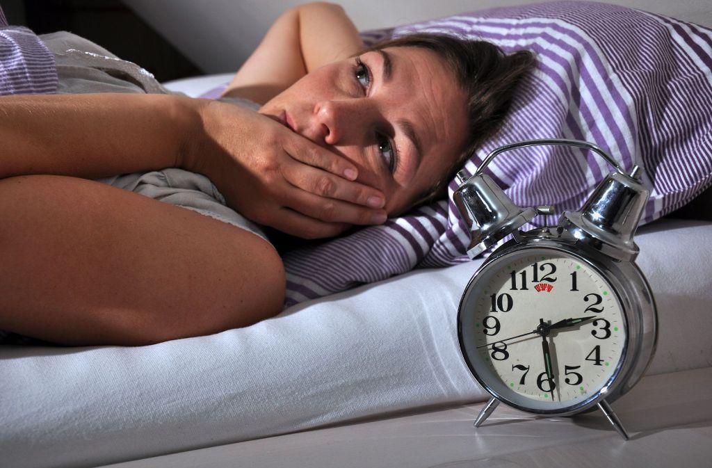 Schlafstörungen sind laut Experten eine Volkskrankheit.  Hauptursache für die Einschlaf- und Durchschlafstörungen sind  Gedankenkreisen, Grübeln und Sorgen. Foto: Fotolia/© Dan Race