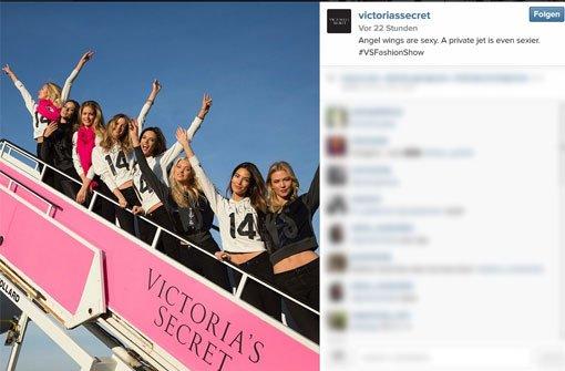 Victorias Secret-Engel über den Wolken
