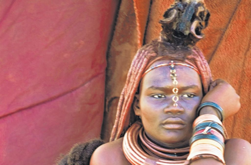 Ein Leben wie in der Urzeit: Himbafrau mit Baby. Foto: Bildagentur-Online/Tips-Images