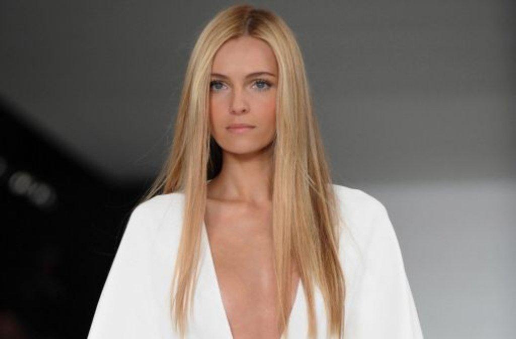 Mit den Schauen von Ralph Lauren und Calvin Klein ist am Donnerstag die Fashion Week in New York zu Ende gegangen. Einer der Trends für den nächsten Sommer ist die Farbe Weiß. Foto: dpa