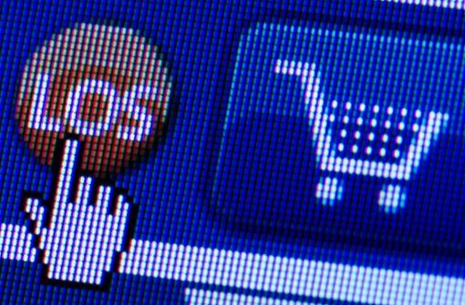 Werfen Amazon und Co. Neuware auf den Müll?