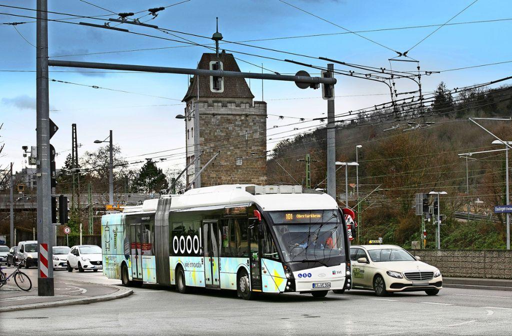 Momentan werden die Elektrohybridbusse ausschließlich auf der Linie 101 eingesetzt. Foto: Pressefoto H. Rudel