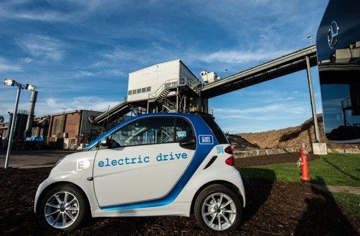 Die gebrauchte Batterie des Smarts dient in Zukunft als Energiespeicher. Foto: dpa