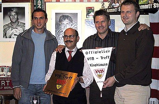 Startschuss Fr Den Fanclub Das Wohnzimmer Der Fans Aus Stuttgart Giebel Die Kneipe