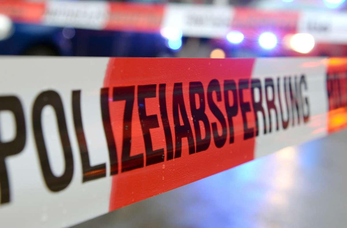 Der Betrieb des Fahrgeschäfts wurde von der Polizei bis auf Weiteres eingestellt (Symbolbild). Foto: dpa/Patrick Seeger