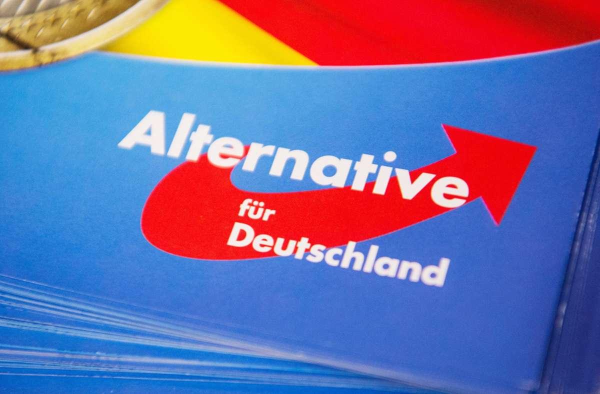 In Schorndorf  hat die Polizei fünf junge Menschen festgenommen, die am Angriff auf einen AfD-Wahlstand beteiligt gewesen sein sollen (Symbolbild). Foto: dpa
