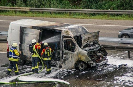 Transporter brennt aus