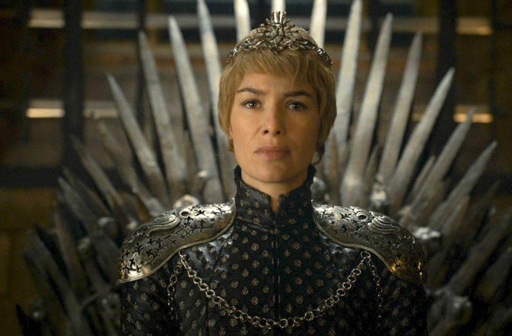 Cersei (Lena Headey) sitzt am Ende der 6. Staffel von Game of Thrones endlich auf dem Eisernen Thron. Was hat die mächtigste Frau des Reiches noch in petto? Foto: HBO