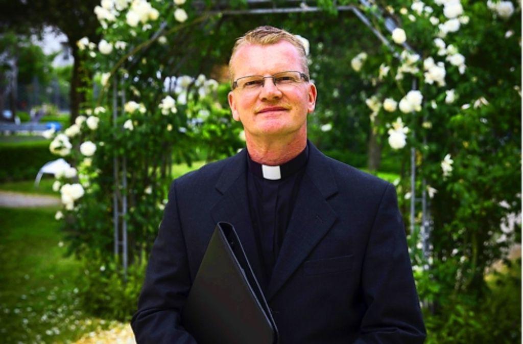 Olaf Stratmann ist es egal, ob seine Kunden in der Kirche sind oder nicht. Foto: Achim Zweygarth