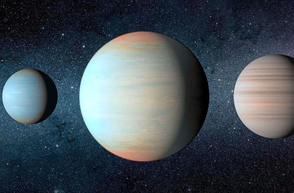 Künstlerische Darstellung der drei Planeten des Kepler-47-Sternensystems. In der Mitte ist die neu entdeckte Welt Kepler-47d neben Kepler-47b und Kepler-47c zu sehen. Foto: Nasa/JPLCaltech/T. Pyle