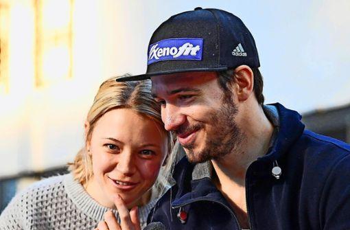 So liebevoll begrüßen Miriam und Felix Neureuther ihr zweites Kind