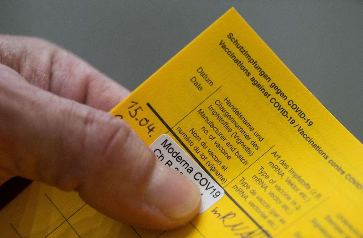 Viele Bundesländer preschen bei Reglungen für Geimpfte vor. (Symbolfoto) Foto: dpa/Marijan Murat